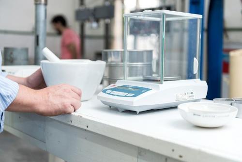 Equipo de laboratorio para caracterización de suelos